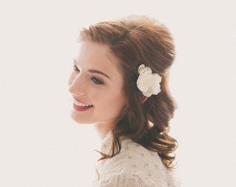 White rose hair clips, Wedding hair, Flower bobby pins, Bridal floral clips, Whimsical wedding, White rose flower clip set - Set of 3