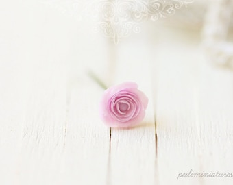 Dollhouse Miniature Flowers - Elegant Soft Violet Rose Single Stalk 1/12 Dollhouse Scale