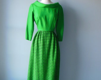 Sale Vintage 60s 70s Black and Green Plaid Wool Holiday Maxi Dress size 10