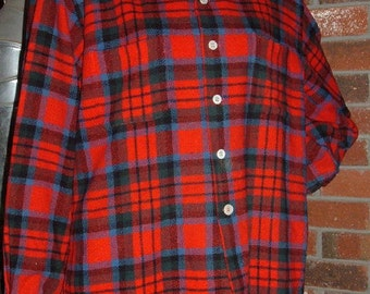 McGregor All Wool Red Plaid Hunting Shirt M Loop Collar Made in USA Unisex Vintage Seymour Flannel