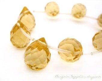 12 faceted drop glass beads, light topaz color 15x10mm, bead destash sale