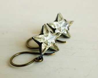glass star earrings, star dangle earrings, rustic star dangles, rhinestone star earrings, vintage style aged brass