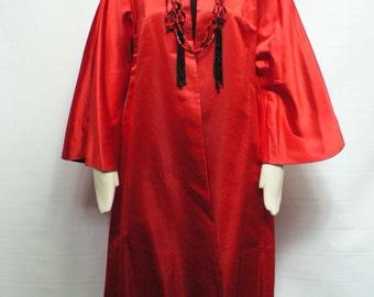 1930s 40s black red reversable satin coat / Hollywood high fashion 30s batwing sleeve coat / 40s opera swing coat