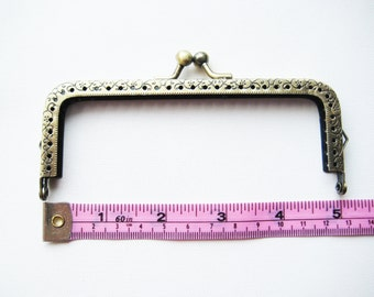 12.5 cm/5 inch antique embossed rectangular brass bronze purse frame kisslock clasp snap clutch with sew on in sewing holes keychain loops