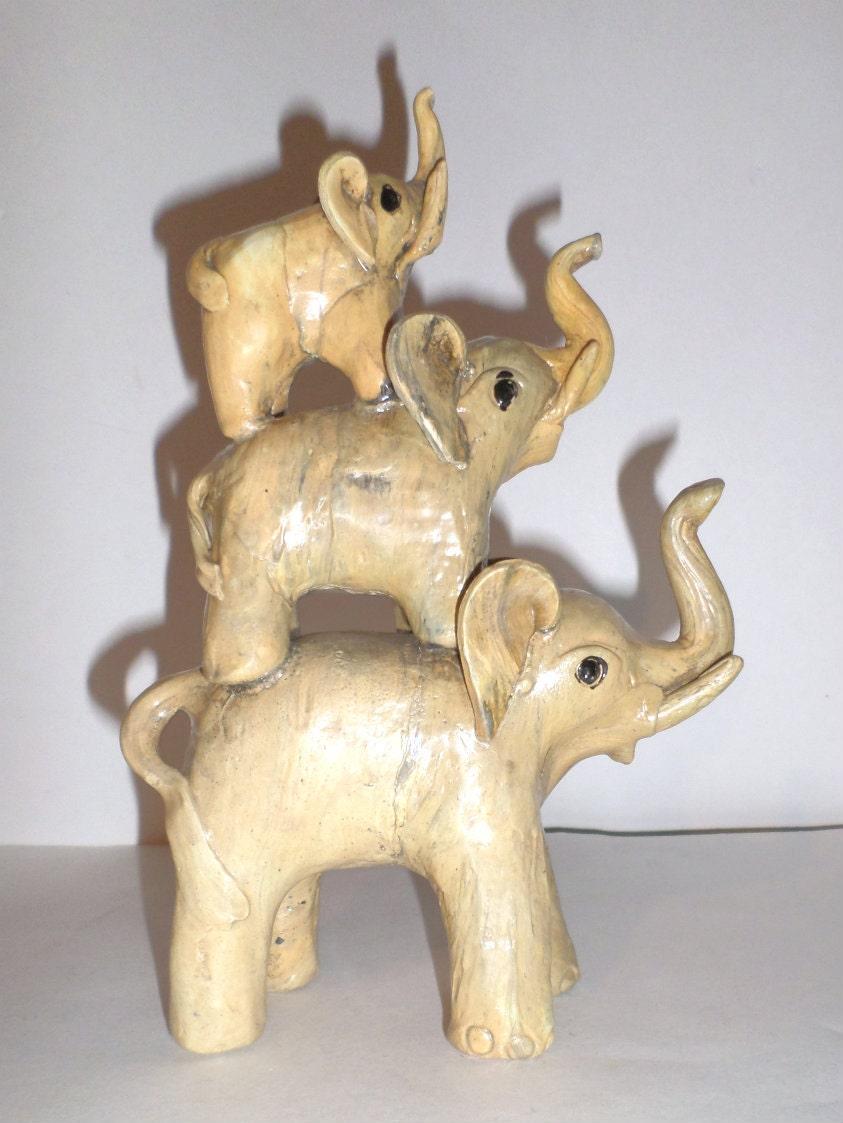 vintage elephants figurine three stacked elephants baby. Black Bedroom Furniture Sets. Home Design Ideas