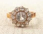 Size 6 Antique 14k Gold White Topaz Ring