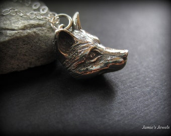 Wolf Necklace - Sterling Silver Wolf Necklace  - Wolf Lover Gift - Modern Silver Jewelry - Sterling Silver Wildife Necklace -Nature Inspired