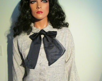 Bombshell, Wiggle, 2 piece Suit, dress.  Vintage 1960's.  Jackie O, Mad Men.  Ann Marsh, New York.  Grey and White.