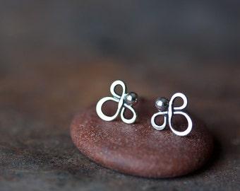 Small handmade sterling silver stud earrings, Little silver angel earrings, Tiny clover silver wire knot earrings , oxidized metal studs