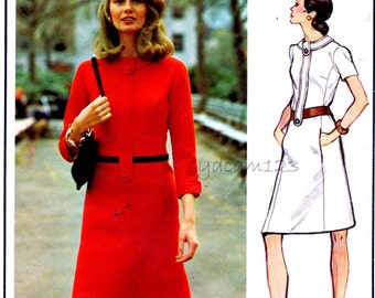 Vintage 1970s A Line Molyneux Dress Pattern Tab Buttoned Banded Neckline and Bodice 1972 Vogue 2770 Bust 32.5