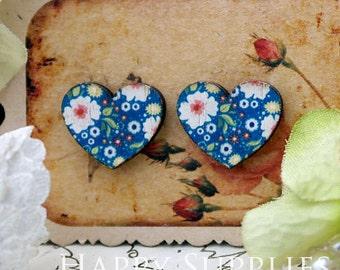 40% off - 8Pcs (CA024) Heart Handmade Photo Wood Cut Cabochon (Back Black)