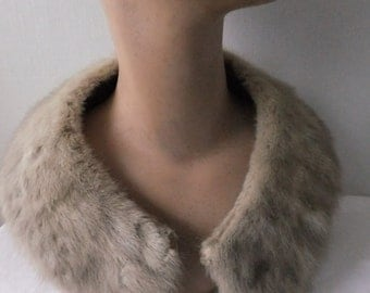 Vintage Fur Collar Beige Tan Craft Supplies Accessories Winter Cold Weather Sewing Embellishments Animal
