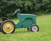 Ertl John Deere Die Cast Pedal Tractor 80's/90 -- Cincinnati Fairfield local pick up ONLY