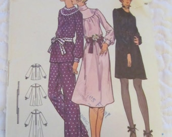 vintage BUTTERICK 6046 sewing pattern-- MISSES DRESS size 10  -- 1970s