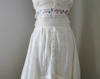 SALE Vintage One Sunny Day Dress
