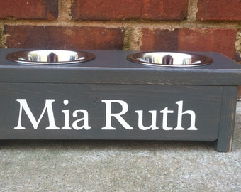 Cat or Tiny Dog feeding stand. Personalize with your pets name. 4 inches tall  Two 8 oz bowls included