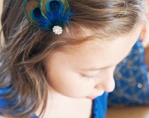 Mini ATREYA -- Peacock Feather Hair Clip Bright Blue Plumage & Sparkling Rhinestones for Brides Bridesmaids Flower Girls Wedding Gift Prom