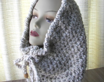 Chunky Cowl Infinity Scarf in Cream Wheat SOFT wool blend.