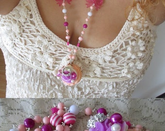 Fairy Kei Macaroon Necklace - Beaded sweets necklace -  Kawaii, French, Pastel Goth