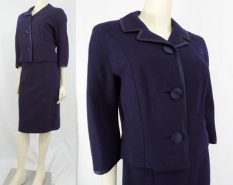 Vintage 1960s ladies suit Joseph Horne Co Pittsburgh Boxy First Lady piped Stewardess Navy blue Wool Satin Medium Large Mad Men
