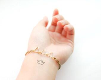 Triangle Trio - Mini Triangles Bracelet with Hand Painted Trinket Charm - Geometric Jewelry
