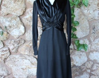 1930s WWII era Knockout Bombshell Little Black Dress