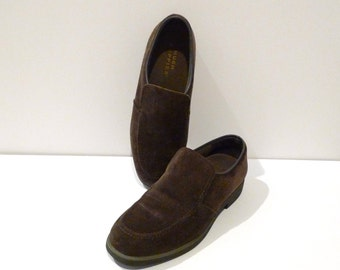 Hush Puppies Slip On Shoes Vintage 8 M Olive Green Suede Oxfords brownish Green Suede Leather Flats Hipster Rockabilly Grunge 1990s