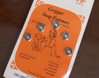 Vintage Scovill Dritz Fabric Gripper Snap Fasteners - 10 pairs - NOS - Supplies - Sewing - Crafts - Clothing