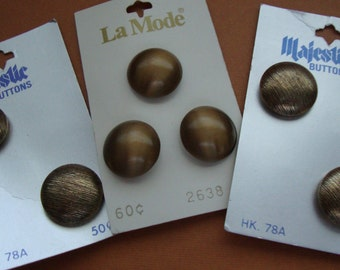 Seven 1970's La Mode Majestic Gold Metal Buttons Round Buttons Sewing Supplies Military Buttons 128