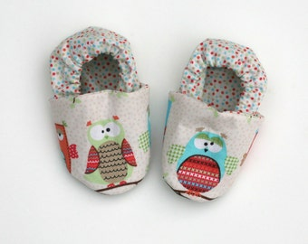 Owl Baby Shoes- Organic Cotton Slippers Eco Friendly Clothing -  0 3 6 12 18 months - Baby Clothes Gift for Baby