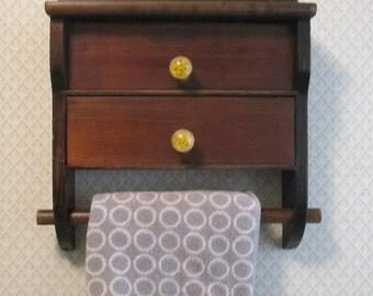 Vintage 60s Wall Shelf / Wood / Attached Towel Bar Shelf
