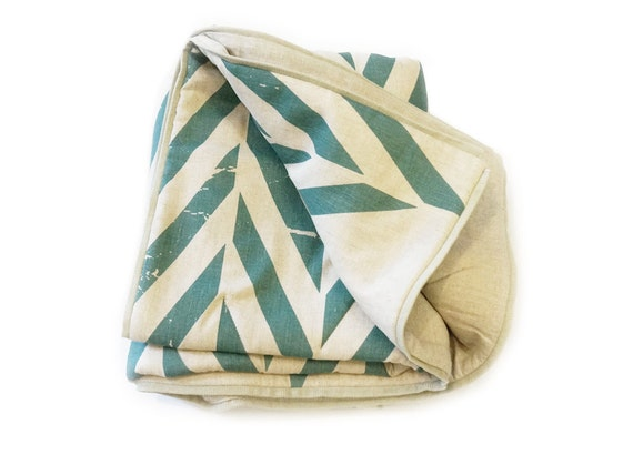 Linen blanket Printed Quilt with natural cotton batting King Queen Double Twin size ZIGZAG More colors available