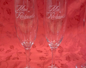 Etched champagne flutes, Mr. and Mrs. wedding toasting flutes, champagne glasses for bride and groom