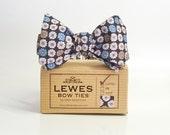 White Blue Brown Daisy self tie men's bow tie summer bow tie wedding bow tie