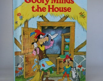 Goofy Minds the House Notebook - Handmade Disney Notebook