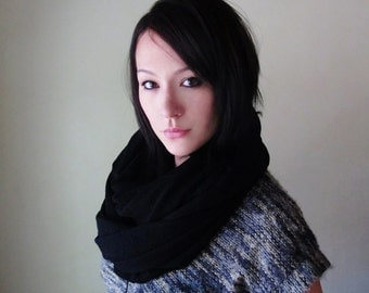 BLACK Circle Scarf - Chunky Sweater Knit Infinity Scarf - Jet Black Fashion Scarf - Chunky Infinity Cowl - Winter Scarf - Snood