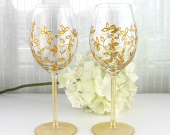 Wine Glasses, Wedding glasses,  Anniversary Glasses, Toasting Glasses, Gold Floral Design, Hand Painted, Set of 2, Gold Wine Glasses