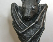 Fruit Bat Winestopper, pewter finish