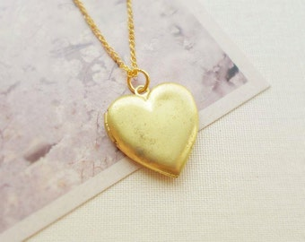 Vintage Heart Locket. Raw Brass Antique Pendant. Simple Minimal Jewelry