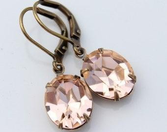 Swarovski light peach earrings, Swarovski earrings, Peach earring, Swarovski earring, pale peach earring, pastel earrings, pastel peach VE06