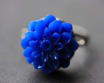 Cobalt Blue Mum Flower Ring. Royal Blue Chrysanthemum Ring. Blue Flower Ring. Adjustable Ring. Handmade Flower Jewelry.