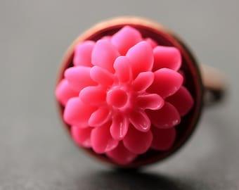 Hot Pink Mum Flower Ring. Fuchsia Chrysanthemum Ring. Hot Pink Flower Ring. Fuchsia Ring. Adjustable Ring. Handmade Flower Jewelry.