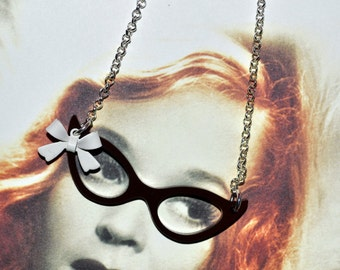 Glasses Necklace, 50s Style Glasses, Rockabilly Necklace, Cat Eye Glasses, Pin Up Style, Glasses Charm, Rockabilly Jewelry, Pin Up Necklace