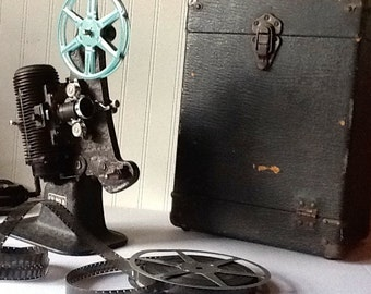 Vintage Bell & Howell FILMO 8 Projector Model 122-A