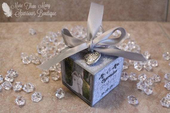 Wedding Gift Ornaments: Wedding Or Anniversary Gift