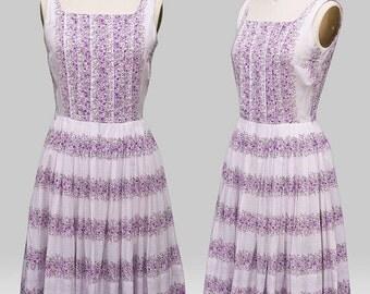 Vintage 1950s Dress /  50s Dress / 1950s Lilac Floral Dress / Vintage 50s Party Dress / 50s Floral Dress / Party Dress