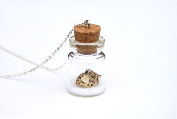 https://www.etsy.com/uk/listing/169717067/snow-leopard-jar-necklace-miniature