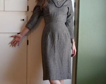 50's Wiggle Vintage Dress Wool / Black White Houndstooth