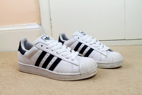 90s Grunge White Navy Stripe Adidas Shell Toe Trainers