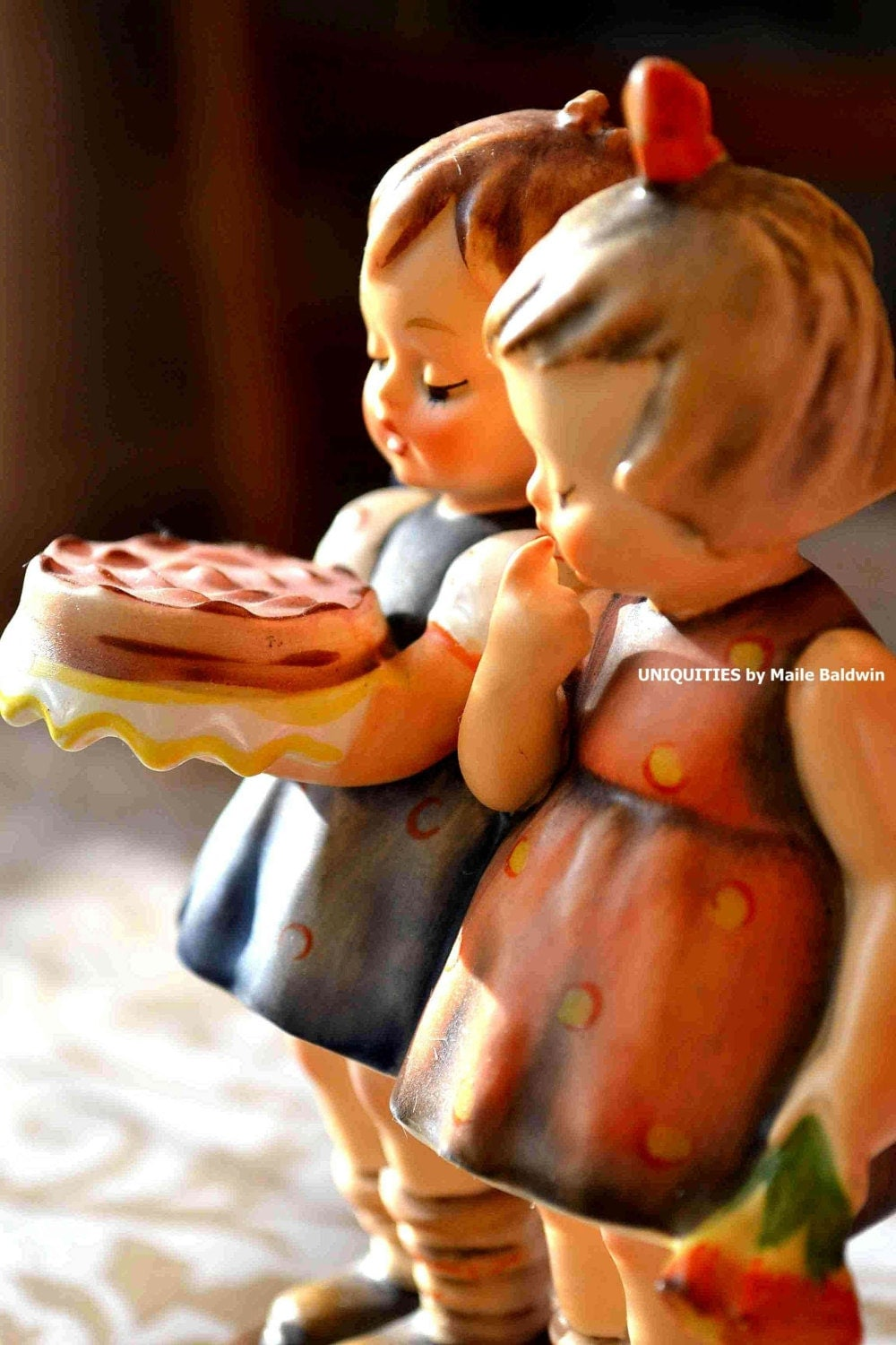 birthday cake hummel figurine photograph art photography 8 x. Black Bedroom Furniture Sets. Home Design Ideas